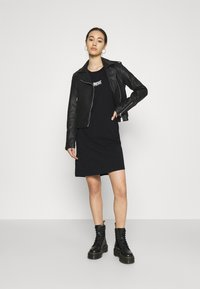 Diesel - D-BOWI-SMALLLOGO - Jersey dress - black - 1