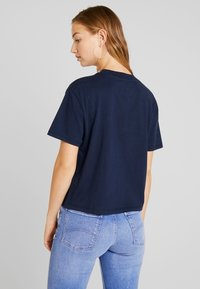 Tommy Jeans - EMBROIDERY GRAPHIC TEE - Print T-shirt - black iris - 2