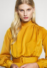 Closet - CLOSET HIGH NECK MIDI DRESS - Day dress - mustard - 3