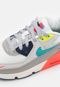 Nike Sportswear - AIR MAX 90 EOI UNISEX - Sneakers laag - pearl grey/sport turquoise/summit white/black - 5