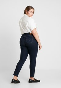 Levi's® Plus - 311 PL SHAPING SKINNY - Jeans Skinny Fit - london nights - 2