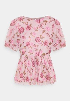VIMIRANDA - Print T-shirt - cream pink/rose
