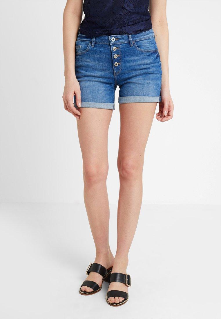 edc by Esprit - OCS MR - Denim shorts - blue medium wash