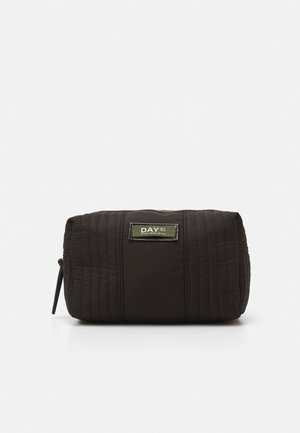 GWENETH PARTIAL BEAUTY - Wash bag - black