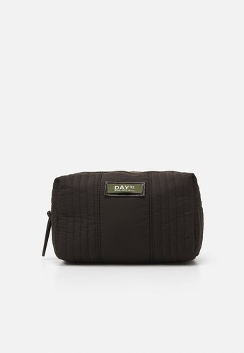 GWENETH PARTIAL BEAUTY - Wash bag - black