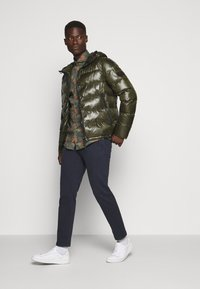 Peuterey - Winter jacket - olive - 1