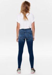 ONLY - ONLBLUSH - Jeans Skinny Fit - dark blue denim - 2