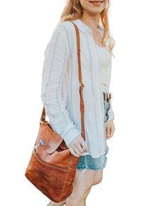 Gusti Leder - Across body bag - brown - 0