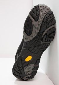 Merrell - MOAB 2 GTX - Vaelluskengät - black - 4