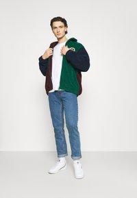 Nudie Jeans - GRITTY JACKSON - Straight leg -farkut - friendly blue - 1