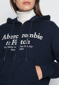 Abercrombie & Fitch - NEW LONG LIFE LOGO FULL ZIP  - Sweatjakke - navy - 4
