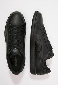 Puma - SMASH L - Matalavartiset tennarit - black/dark shadow - 1