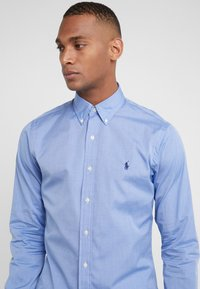 Polo Ralph Lauren - NATURAL SLIM FIT - Hemd - blue end on end - 4