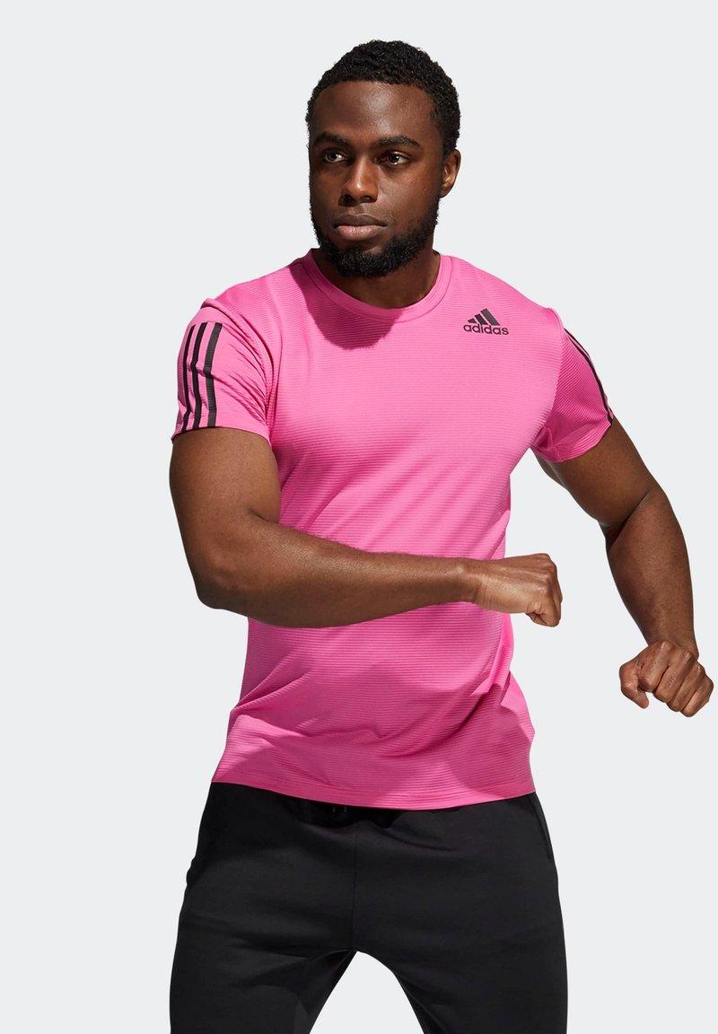 adidas Performance - AERO3S PB TRAINING WORKOUT DESIGNED4TRAINING AEROREADY PRIMEBLUE T-SHIRT SLIM - Koszulka sportowa - pink
