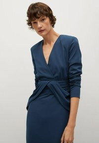 Mango - CARRIE-A - Společenské šaty - dunkles marineblau - 2
