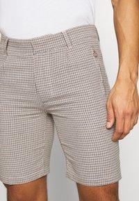 Bellfield - TAILORED  - Shorts - mushroom - 3