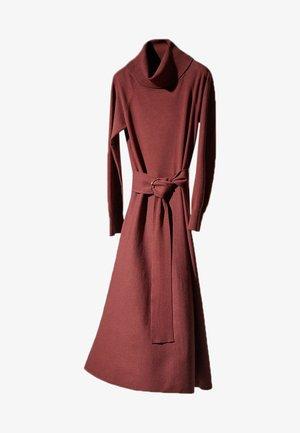 Robe pull - bordeaux