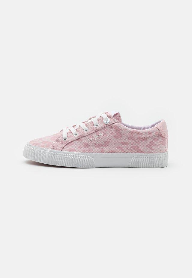 KENTON ANI - Sneakersy niskie - pink