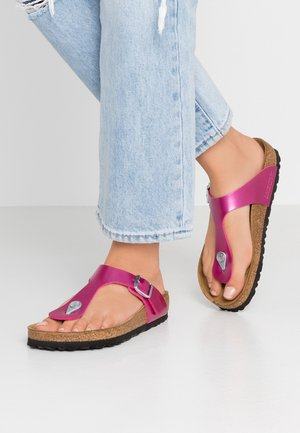 GIZEH - T-bar sandals - electric metallic magenta