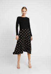 Dorothy Perkins - CAMEL SPOT MIDI - Jersey dress - black - 0