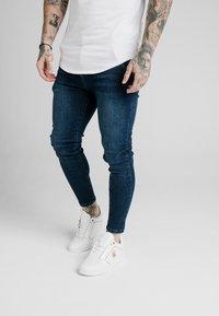SIKSILK - SKINNY  - Jeans Tapered Fit - indigo - 0