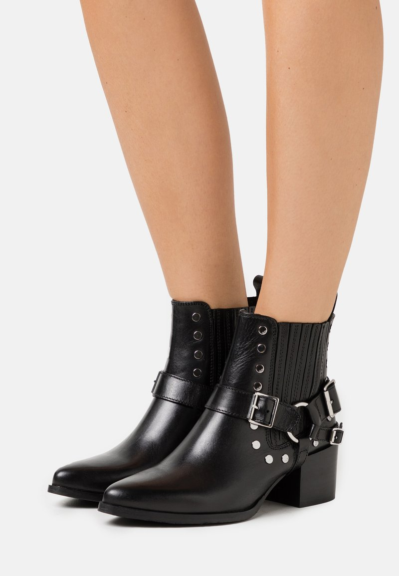 Les Tropéziennes par M Belarbi - KIMIKO - Ankle boots - noir