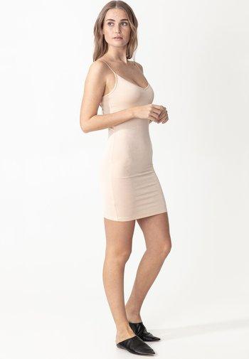 SINA - Shift dress - nude