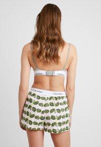 Calvin Klein Underwear - SLEEP SHORT - Pyjama bottoms - light pink/green/yellow - 2