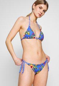 Banana Moon - YEROBOA DOLCEVI SET - Bikini - bleu dolcevita - 1