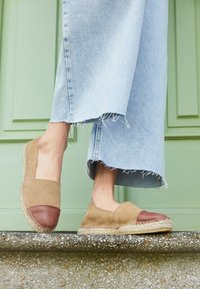 Pavement - NANNA - Loafers - mole/brown - 4