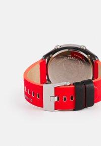Diesel - CRUSHER - Digital watch - red/black - 1