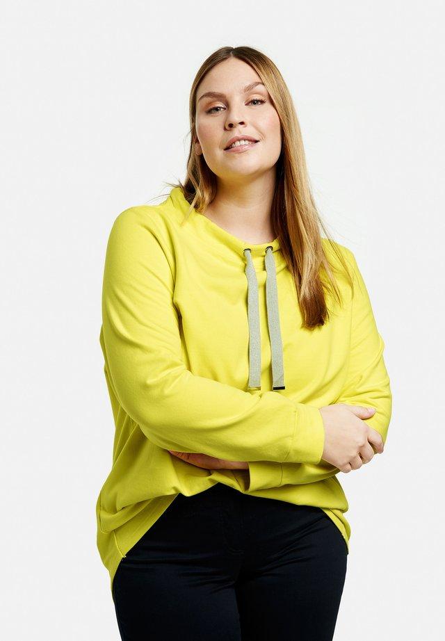 MIT TUNNELBAND - Sweatshirt - blazing yellow