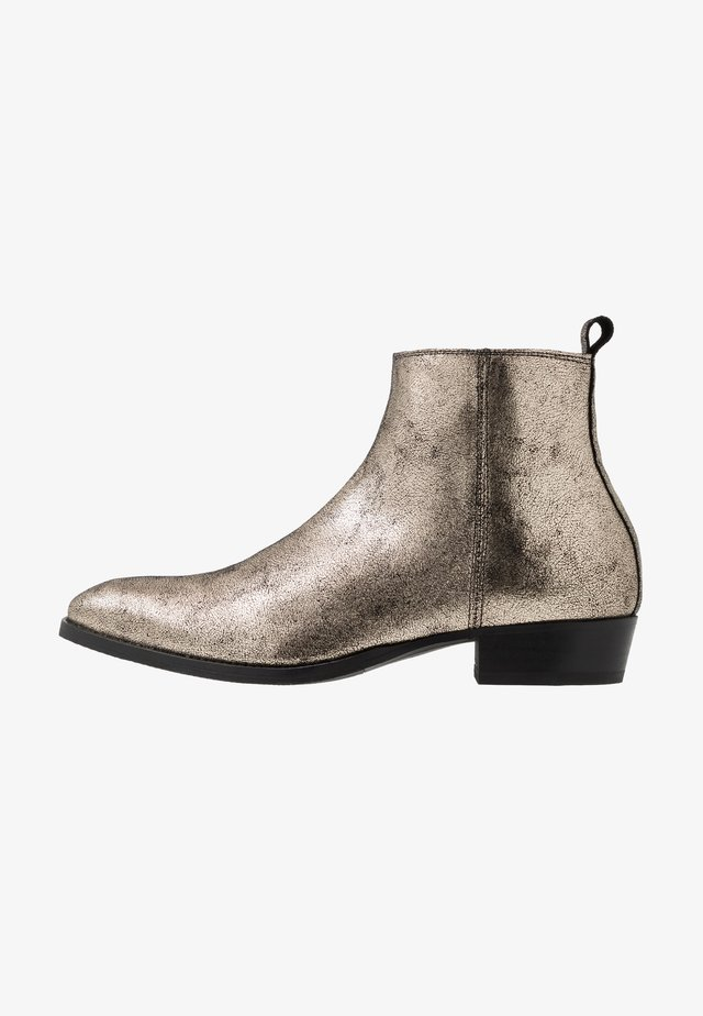 YONDER - Classic ankle boots - dark gold metallic