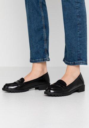 LOTTIE CLEAT PENNY LOAFER - Slipper - black