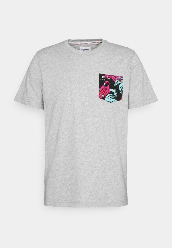 Tommy Jeans CONTRAST POCKET TEE - T-shirt z nadrukiem - grey/szary melanż Odzież Męska HZVK