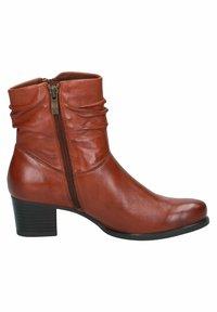 Caprice - STIEFELETTE - Korte laarzen - cognac soft na - 3