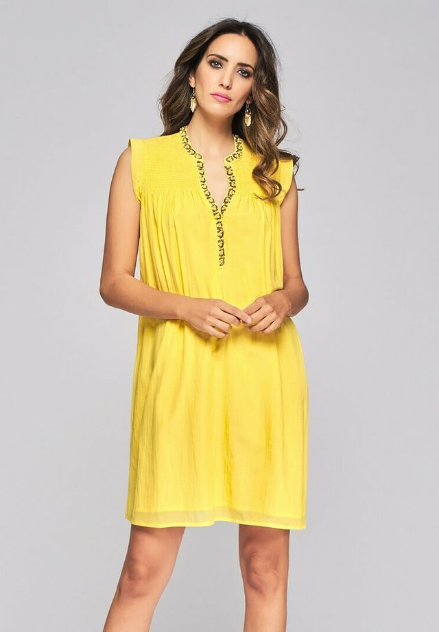 Day dress - amarillo