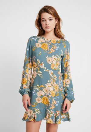 BACK TO THE CITY DRESS - Robe d'été - light green