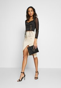 Missguided - LACE UP CORSET STYLE TOP - Langarmshirt - black - 1