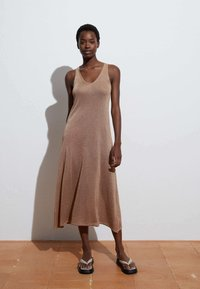 OYSHO - Jumper dress - camel - 0