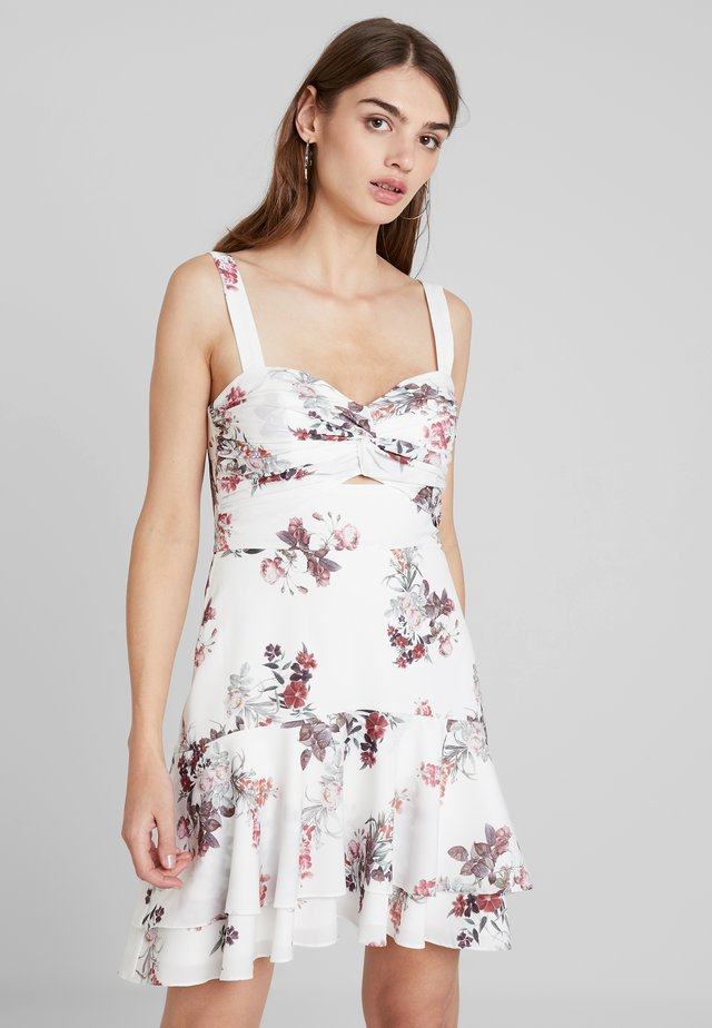 HALTER FLIPPY HEM DRESS - Korte jurk - porcelain