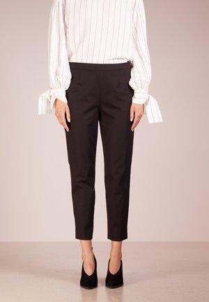 MARTIE  - Spodnie materiałowe - black