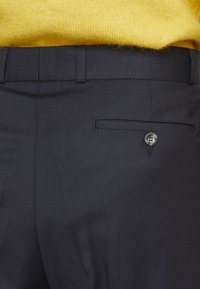 Editions MR - NATHAN CARROT PANTS - Pantalones - navy - 3