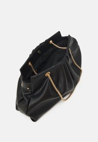 Pieces - PCLEAFY OVERSIZED - Across body bag - black - 2