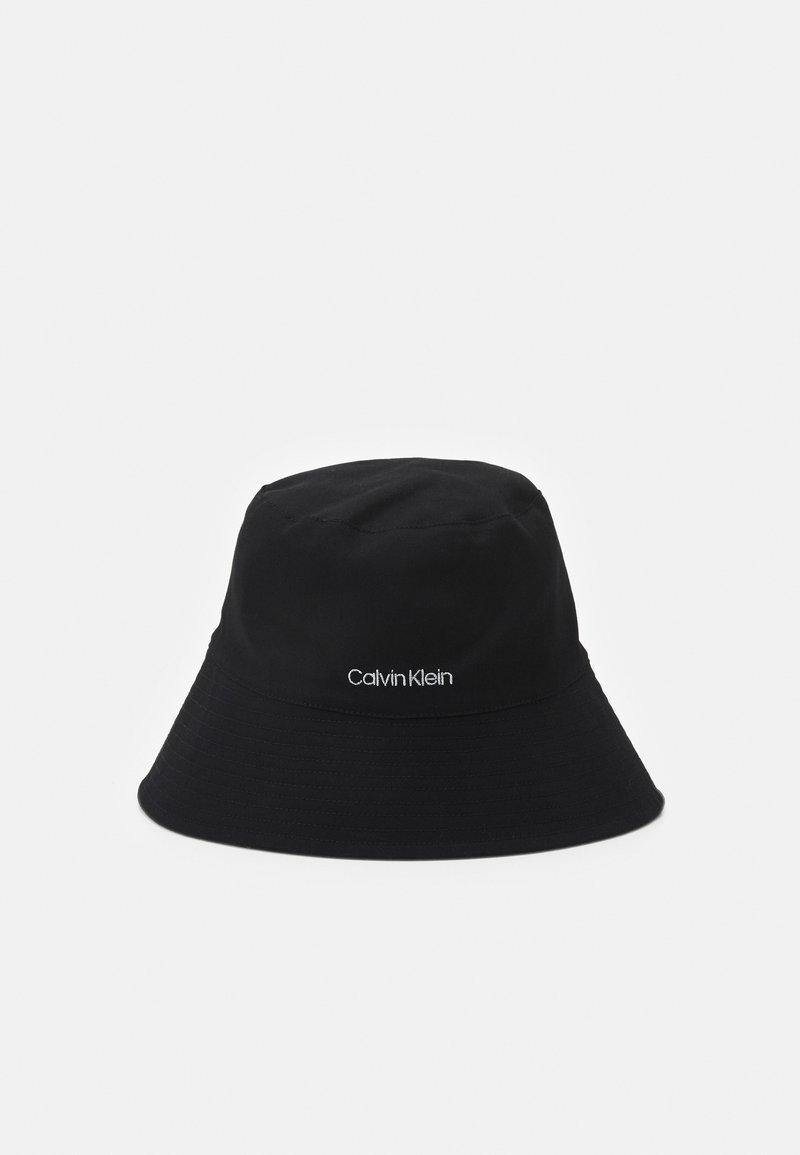 Calvin Klein - OVERSIZED BUCKET HAT - Hat - black
