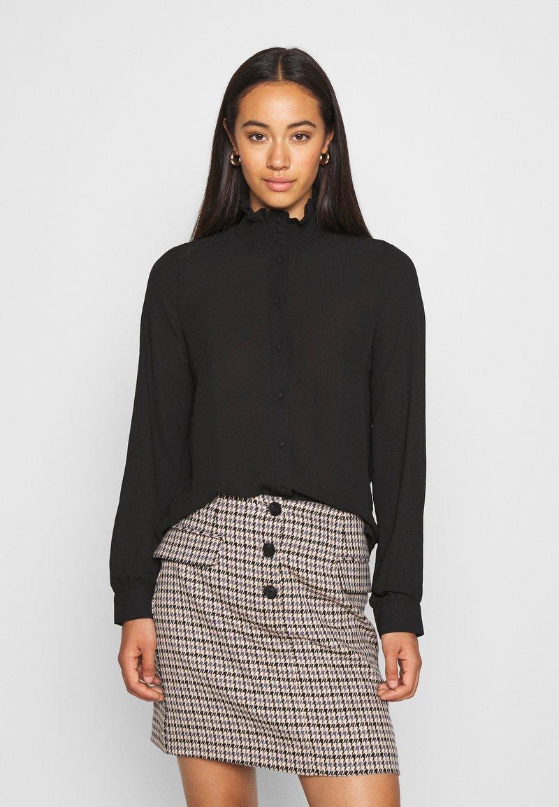 Vero Moda - VMZIGGA HIGH NECK SMOCK - Button-down blouse - black
