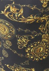 Versace Jeans Couture - Vestido ligero - black/gold - 5