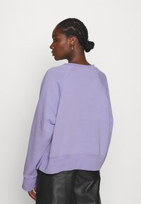 ARKET - SWEAT - Sudadera - purple - 2
