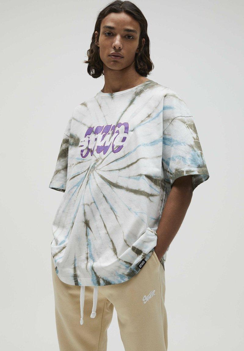 PULL&BEAR - Print T-shirt - mottled light grey