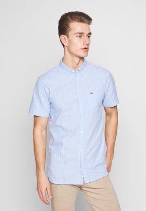 SHORTSLEEVE STRIPE - Camisa - light blue